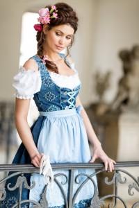 blaue-maid-7